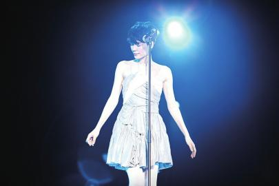 王菲加盟东方卫视跨年晚会或将带来新曲目