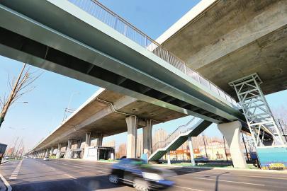 一桥架南北 出行更便捷