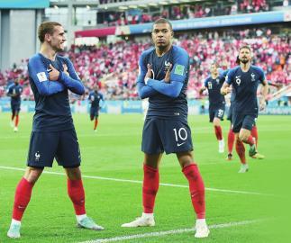 """法国队亟待激发攻击属性 淘汰赛看""""火枪手"""""""