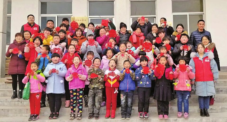 农村留守儿童 让我为你点亮心灯 ——童善儿童关爱中心的暖心帮扶之路