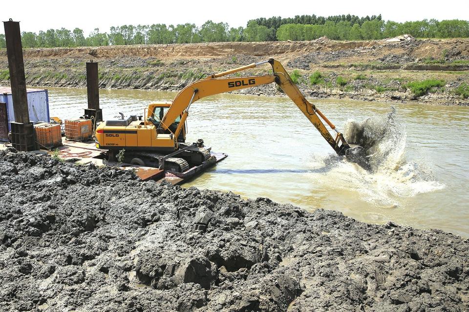 小清河扩挖施工忙