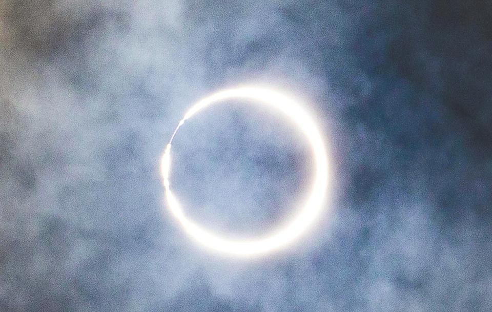 罕见天象 夏至日食 这是本世纪唯一一次在夏至出现的日食