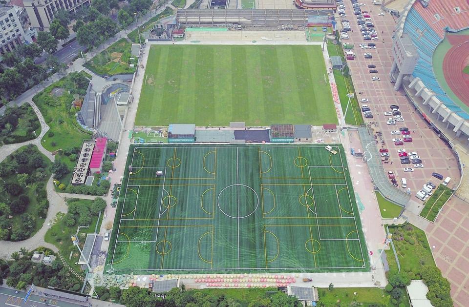 省体育中心足球公园升级换代
