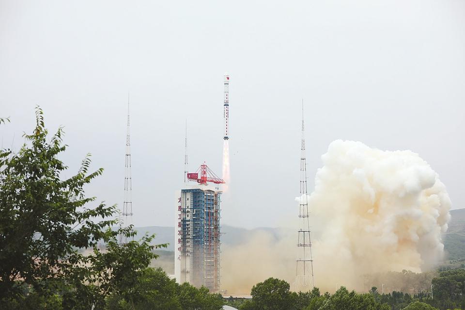 资源三号03卫星成功发射 星地测距精度提升为亚米级
